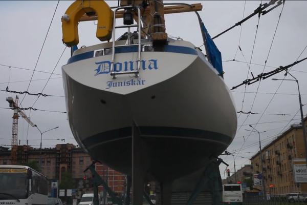 Яхта Freelancer: из питерской таможни в яхт-клуб